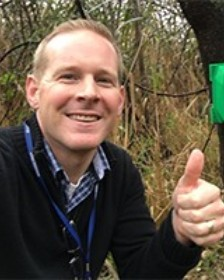 Jeff Bouwman giving thumbs up for citizen science.